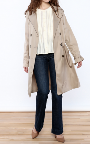 The Daily Find: Classic Trench Coat